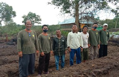 Rimba Raya's Sustainable Peatland Farmer Field School