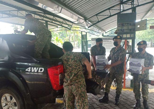 Spritzer Malaysia Urges Rakyat Malaysia to Get Covid-19 Vaccination
