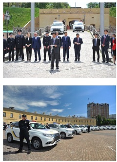 mitsubishi motors delivers 635 outlander phevs to ukranian police. Black Bedroom Furniture Sets. Home Design Ideas